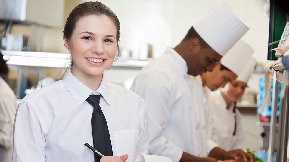 qualities of a caterer