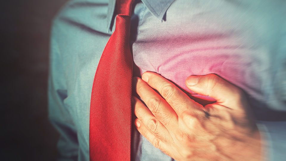 Signs of a heart attack and what to do